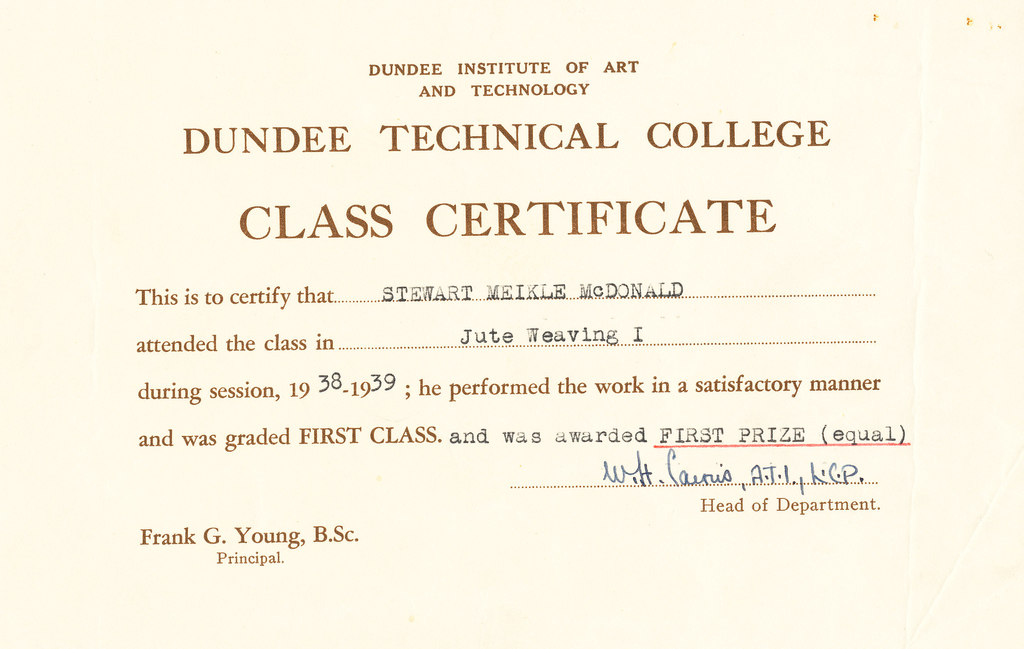 Jute weaving 1 certificate awarded first prize in Jutetraining at – First Place Award Certificate