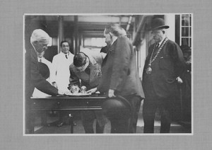 Image of Prince of Wales visit to Ashton Works, 1923 DUNIH 113.21