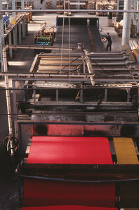 Image of Rubber backing machine used in the manufacture of jute carpeting DUNIH 2006.1.75.17