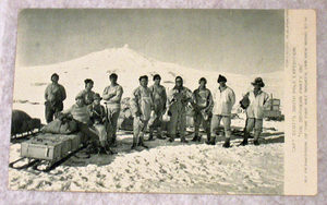 Image of Southern Party 1911, Terra Nova expedition DUNIH 257.4