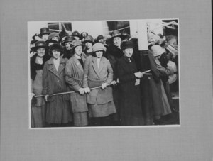 Image of Prince of Wales visit to Ashton Works, 1923 DUNIH 113.22