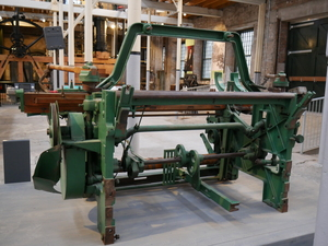 Image Of 46  Loom With Ecco Shuttle Loader DUNIH 2015.27
