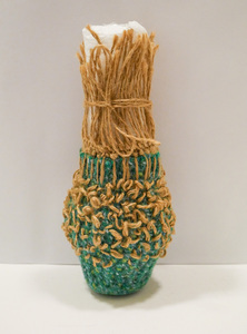 Image of 'Verdant Jute' vessel by Jennifer Rochester DUNIH 2017.12.1