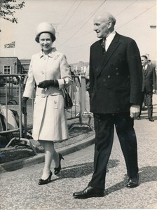 Image of Photograph of the Queen and William Walker, May 1969 DUNIH 2017.16.2.5