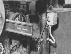 Image of Relating to health and safety at the mills- 727m loom DUNIH 2008.7.2