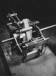 Image of Jute Trade Research Association- tension machine DUNIH 2010.5.9