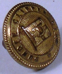 Image of Dundee Clipper Line uniform button DUNIH 71