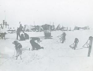 Image of Frank Hurley at Shackelton's ocean camp ROY.30.1.66