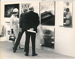 Image of Photograph of the Queen looking at Sidlaw's products, May 1969 DUNIH 2017.16.2.28