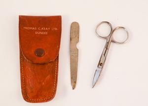 Image of Manicure set advertising Thomas C Keay DUNIH 2107.17.3