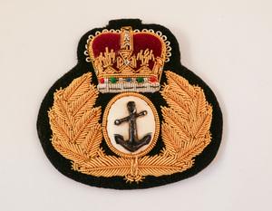 Image of Cap Badge taken from a British Antarctic Survey uniform DUNIH 2017.25.1