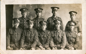 Image of Group Photograph of WW1 soldiers DUNIH 2018.16.3.4